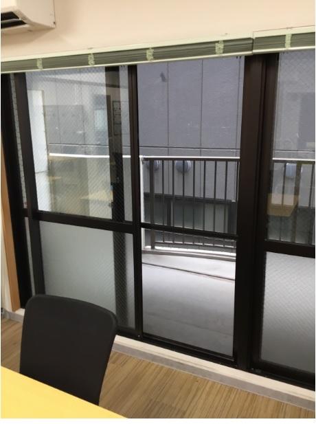 新越谷駅前センター⑥窓